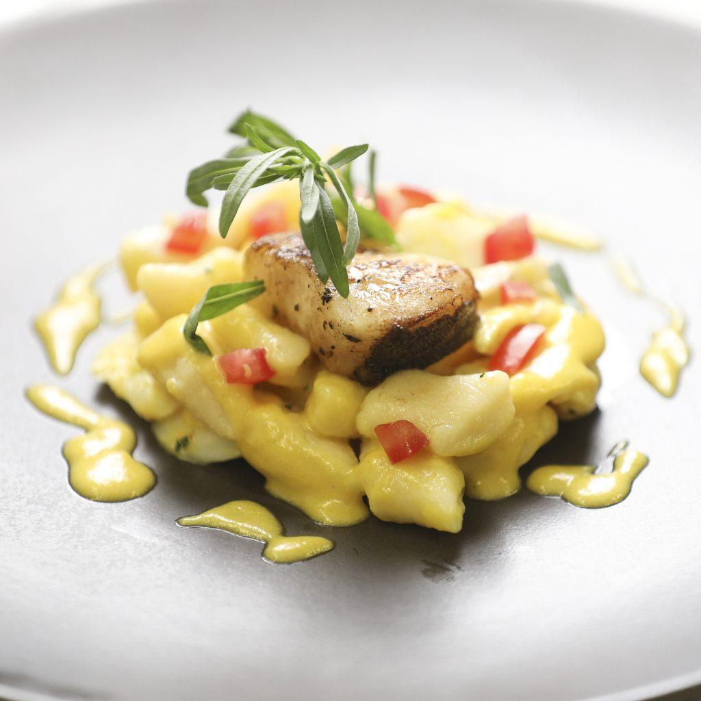 « Gnocchi » au Cabillaud Enrobés à la Crème de Poivron Jaune